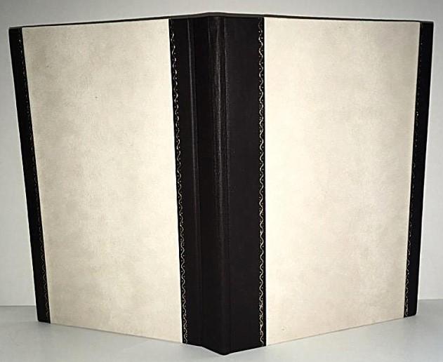 Polokožené jídelní desky s velurovým papírem