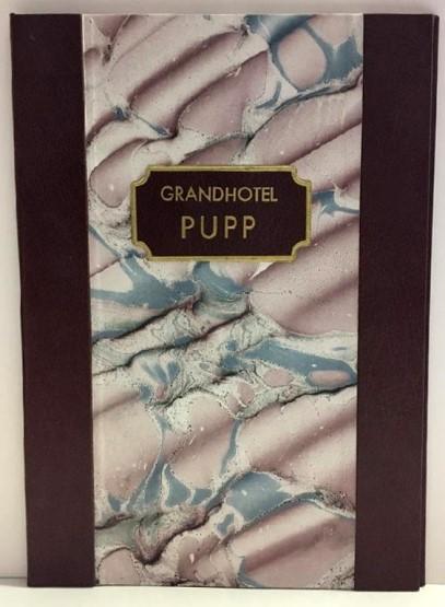 Jídelní desky z umělé kůže a ručně mramorovaného papíru
